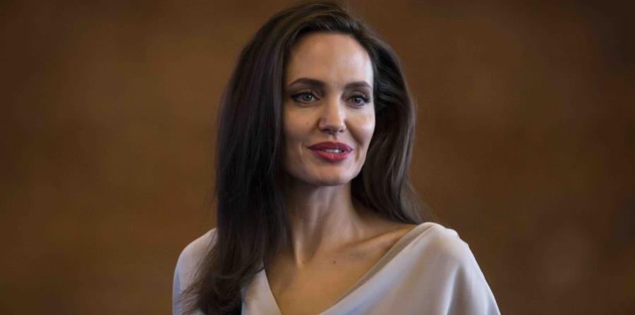 Angelina Jolie se separó de Brad Pitt (horizontal-x3)