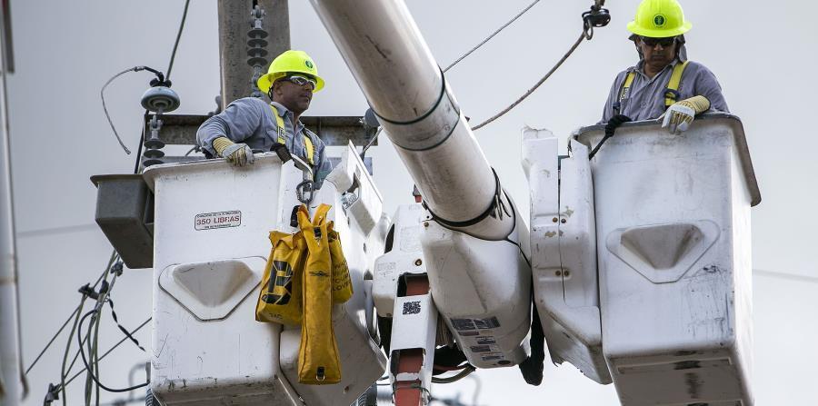 El problema principal es que la AEE tiene solo ocho días para cumplir la meta impuesta por el gobernador Ricardo Rosselló Nevares de aumentar la generación de energía a un 95%. (horizontal-x3)