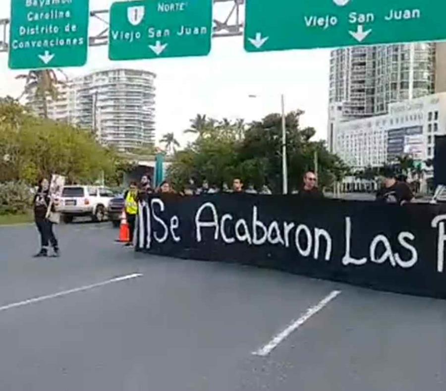 Los manifestantes estuvieron ubicados frente a Paseo Caribe (semisquare-x3)