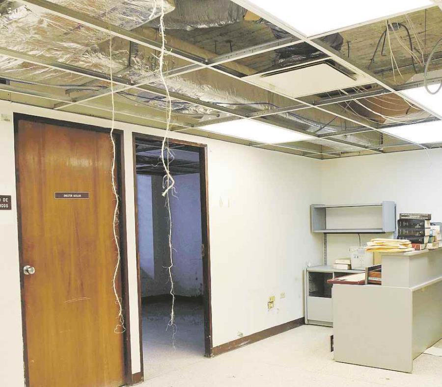 Muchos municipios aún aguardan por el pago de las aseguradoras para reparar daños millonarios. (GFR Media) (semisquare-x3)