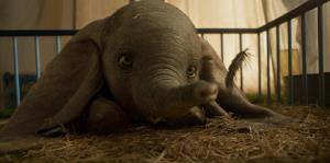 """""""Dumbo"""" emociona a los fanáticos de Disney con el lanzamiento de su segundo tráiler"""