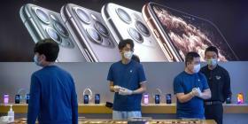 El brote del coronavirus reducirá producción y ventas de iPhone
