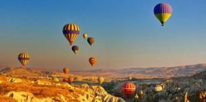 5 mejores destinos para volar en globo aerostático