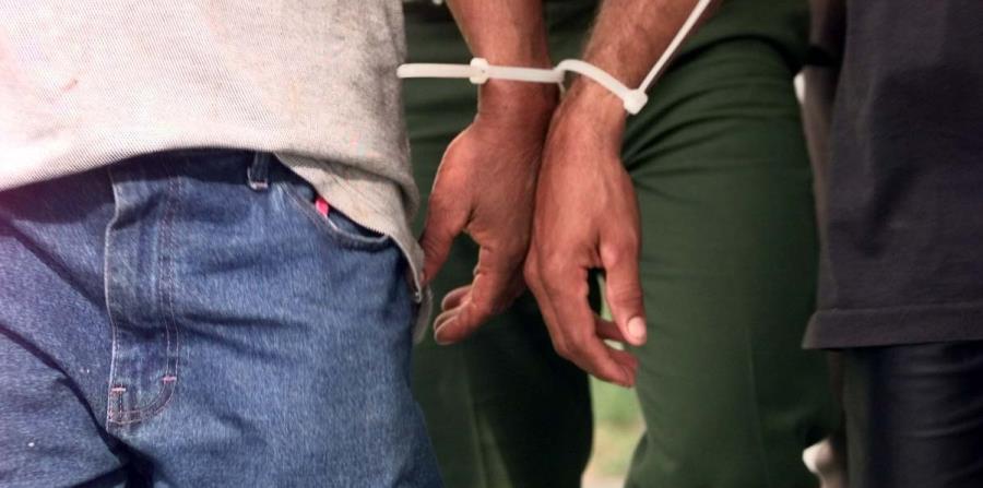 Todos los detenidos reconocieron que estaban ilegalmente en Estados Unidos. (horizontal-x3)