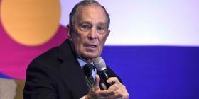 Michael Bloomberg insiste en que empleados de su organización de noticias deben aceptar restricciones