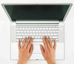 """La constitucionalidad de las clases """"online"""" en Educación"""