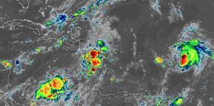 Jerry aumenta su intensidad a huracán categoría 1