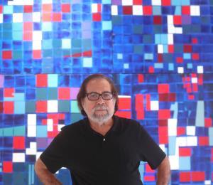 Luis Hernández Cruz: el artista en su catedral de la abstracción
