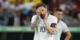 Messi pide levantar la cabeza tras derrota ante Colombia