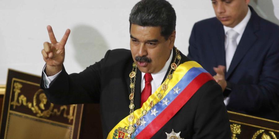 Maduro atribuye los elevados precios y la escasez de productos básicos a una