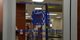 Sindicato del IRS en la isla denuncia consecuencias por el cierre federal