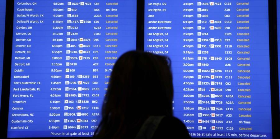 Las autoridades indicaron que la pasajera podría haberse trasladado desde la terminal C, a otras partes del aeropuerto antes de tomar un vuelo desde una terminal doméstica. (horizontal-x3)