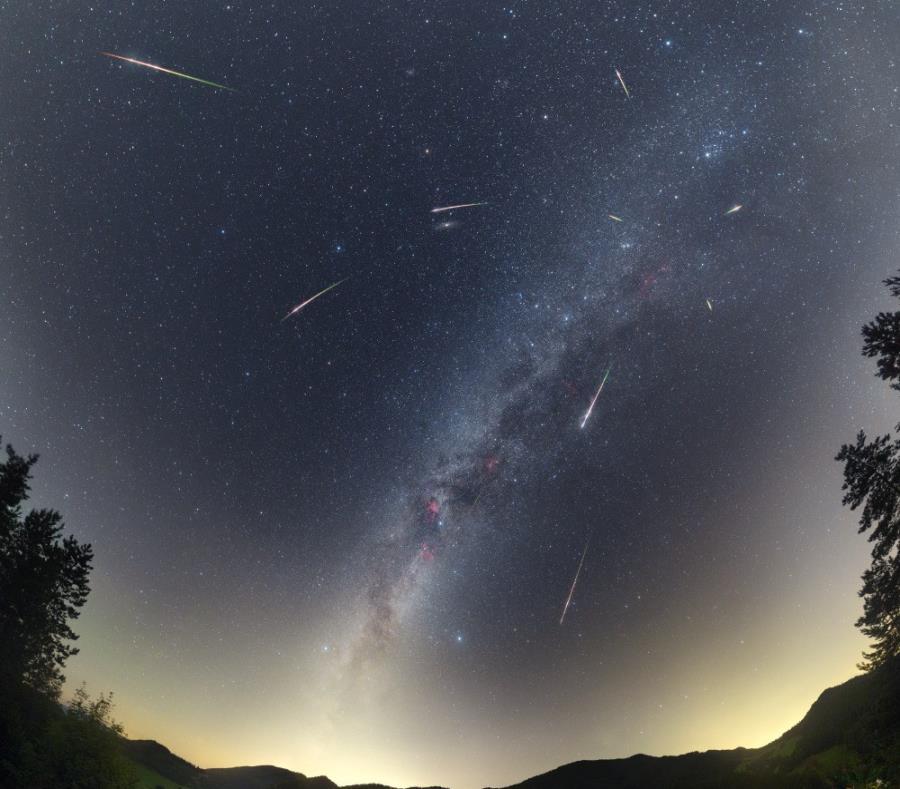 """A partir de la medianoche habrá mayor probabilidad de avistar """"estrellas fugaces"""" (semisquare-x3)"""