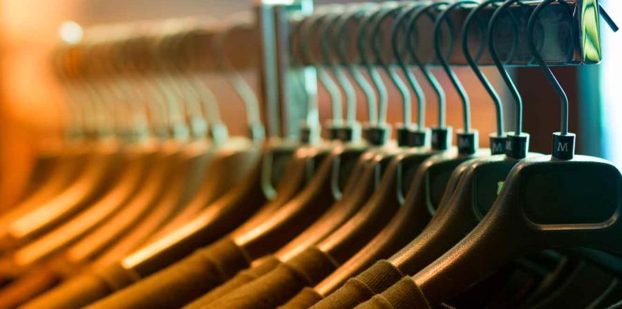 Los consumidores resintieron el impacto en la ropa. (horizontal-x3)