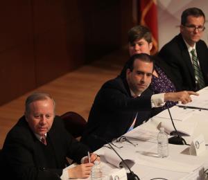 La Junta, el Congreso y las tormentas de noviembre