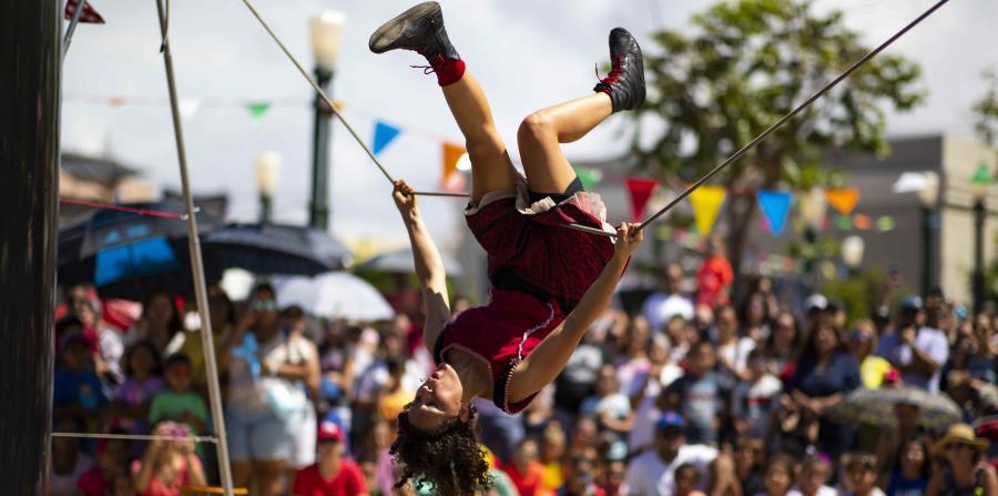 El Circo Fest entretuvo a cientos de visitantes en el Viejo San Juan