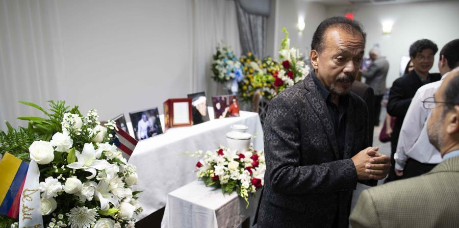 Al músico, nacido en Puerta de Tierra, en San Juan, se le honró ayer  en una funeraria de Carolina. (horizontal-x3)