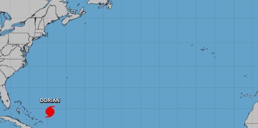 El Centro Nacional de Huracanes vigila una onda tropical fuerte que sale de África y tiene 30% de probabilidad de desarrollo en cinco días. (NOAA)