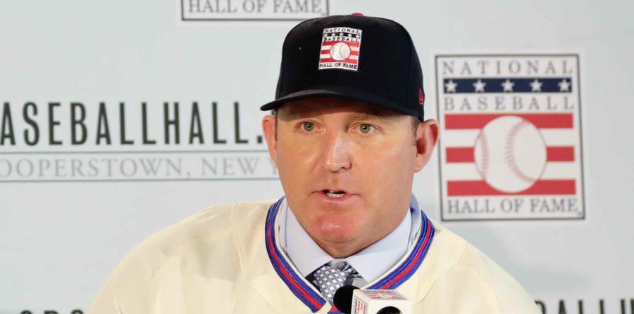 Jim Thome durante la conferencia de prensa para presentar a la clase de 2018 del Salón de la Fama del béisbol. (AP) (horizontal-x3)
