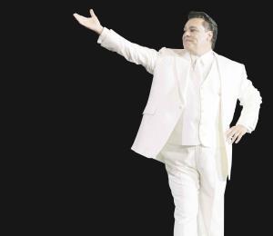 Diez artistas latinoamericanos lanzan disco en homenaje a Juan Gabriel