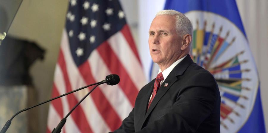 El vicepresidente de EE.UU., Mike Pence, habla durante una sesión extraordinaria protocolaria del Consejo Permanente de la Organización de Estados Americanos (horizontal-x3)