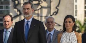 El presidente de Cuba recibe a los Reyes de España