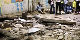 Rescatan a un hombre tras permanecer enterrado casi una semana entre los escombros
