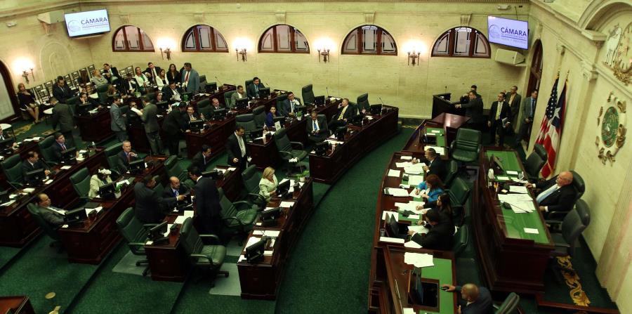 La Cámara de Representantes limita el alcance de las protestas (horizontal-x3)