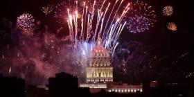 """Con la """"música"""" de 16,000 fuegos artificiales cierra la fiesta por los 500 años de La Habana"""