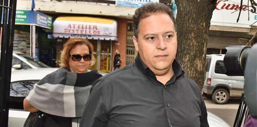 Procesan a la viuda y al hijo de Pablo Escobar por lavado de dinero (horizontal-x3)