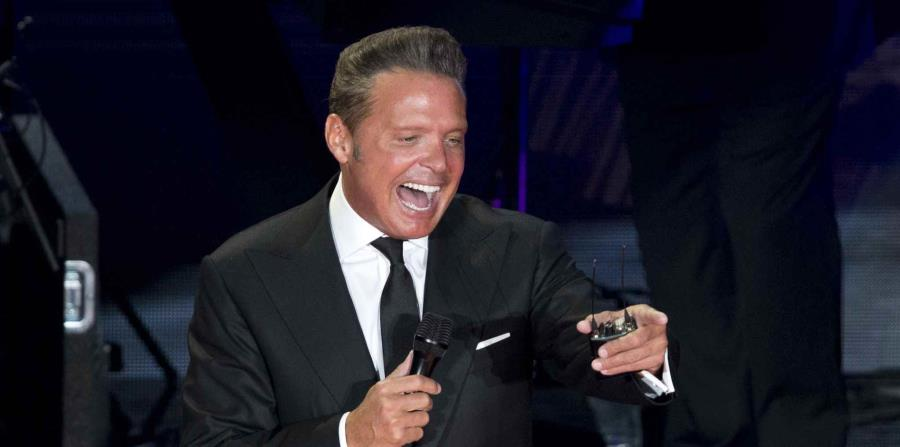Luis Miguel fue recibido con la música del rapero colombiano. (horizontal-x3)