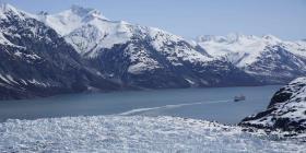 Pizzería de Alaska ofrece entregas a domicilio vía aérea