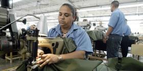 Fábrica de uniformes militares se expande y añade 400 empleos en Camuy