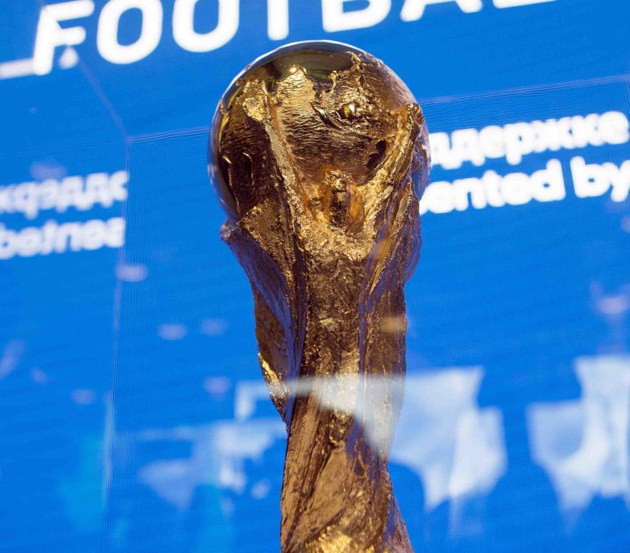 Trofeo de la Copa Mundial. (AP) (semisquare-x3)