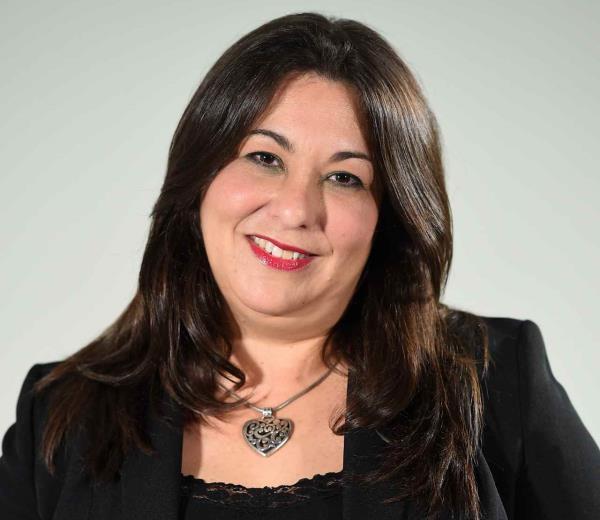 Suzanne Roig Fuertes