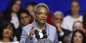 Juramenta Lori Lightfoot, la primera alcaldesa negra y gay de Chicago