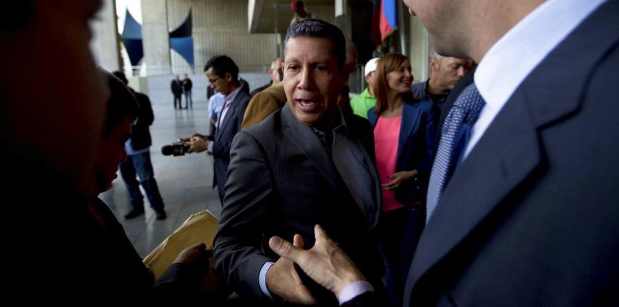 Excandidato impugna las elecciones presidenciales de Venezuela (horizontal-x3)
