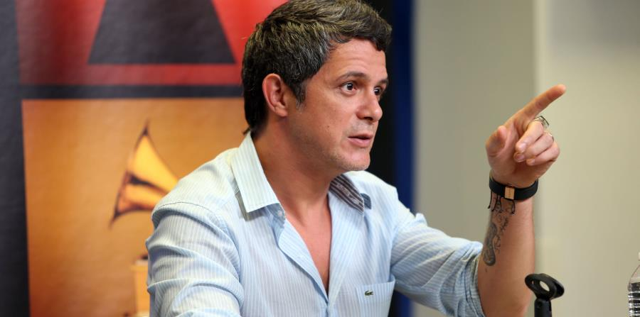 El productor musical Julio Reyes Copello y el realizador Jaume de Laiguana, colaborarán en el disco de Sanz. (horizontal-x3)