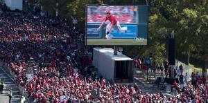 Mira cómo fanáticos celebraron la victoria de los Nationals en el Desfile de Campeones