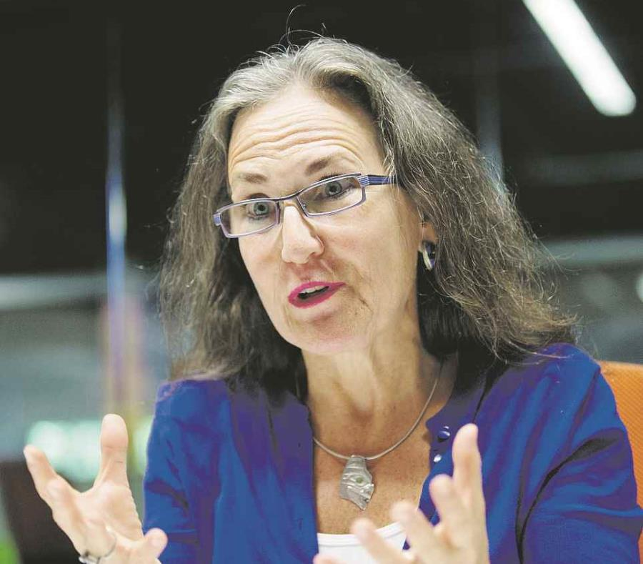 Andrea Bonime-Blanc (semisquare-x3)