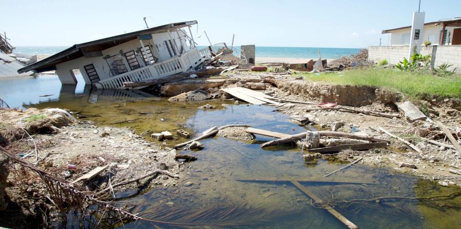 La propuesta de la Asociación de Constructores de Puerto Rico busca evitar que quienes sufrieron pérdidas en sus casas vuelvan a construir residencias poco seguras en la misma ubicación vulnerable. (GFR Media) (horizontal-x3)