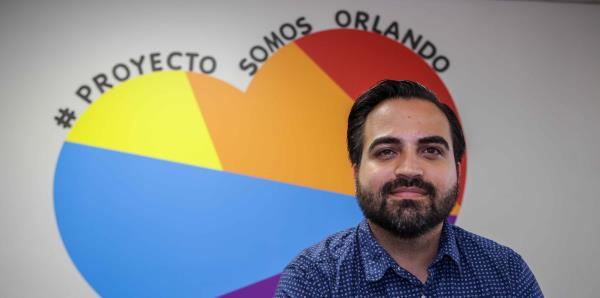 """Ricardo Negrón canaliza su dolor con """"Somos Orlando"""""""