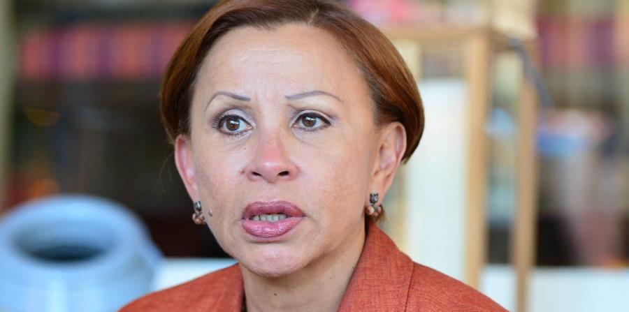 Nydia Velázquez participó en una conferencia de prensa frente al Capitolio federal junto a organizaciones cívicas. (GFR Media) (horizontal-x3)