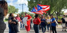La diáspora boricua recuerda a los desplazados por María en Florida Central