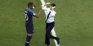 Condenan a 15 días a integrante de Pussy Riot por invadir el estadio del Mundial