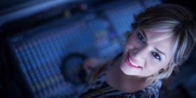 Christy Muller celebra su debut como escritora