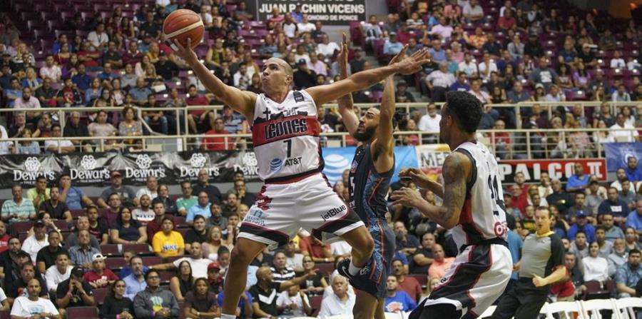 Carlos Arroyo está militando con los Leones en la Liga de las Américas. (FIBA-Américas) (horizontal-x3)