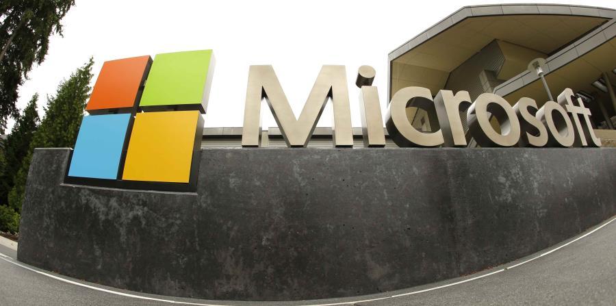 El presidente de Microsoft, Brad Smith, dijo que el gobierno debería formar una comisión bipartidista de expertos. (horizontal-x3)