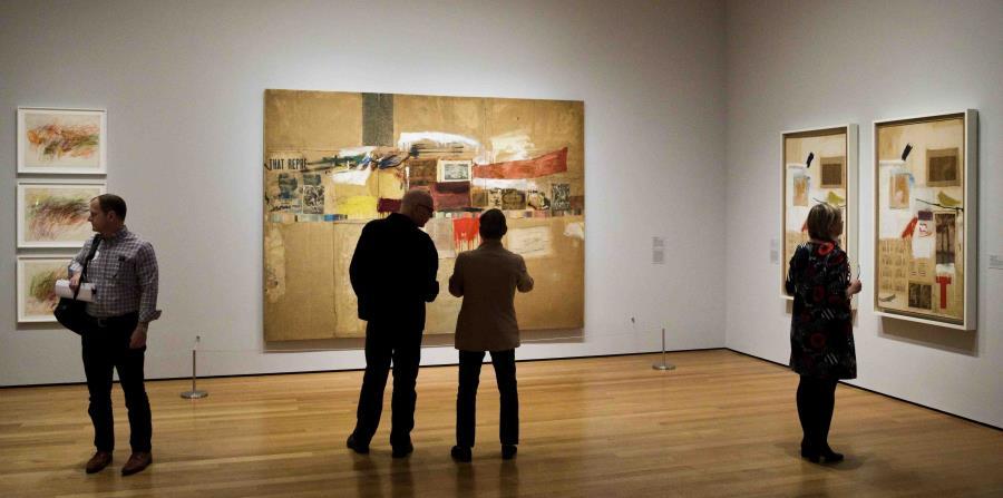 Reconocido por sus viernes gratis al público, el MoMA ofrecerá algunos de sus programas especiales para el público desde su otra sede, el MoMA PSI, ubicada en Queens. (EFE / Justin Lane) (horizontal-x3)