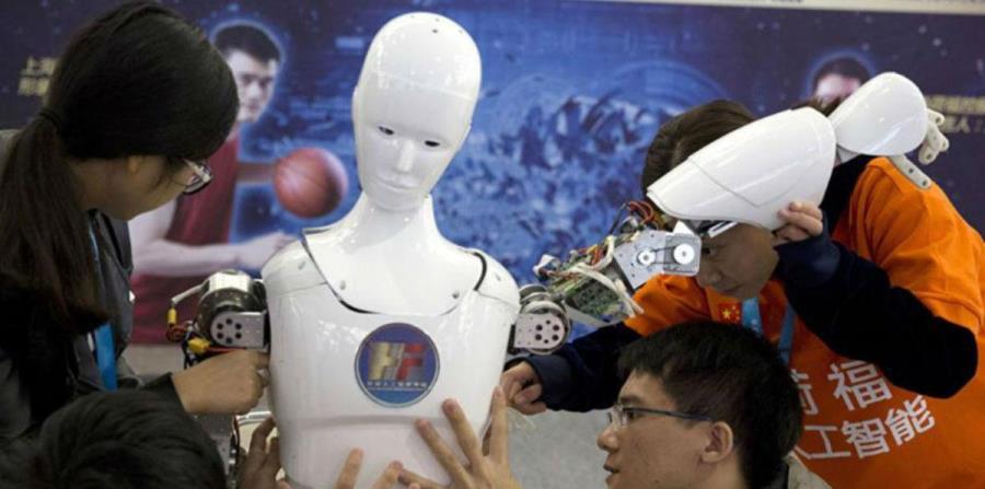 Un robot con inteligencia artificial será presentador en la TV china (horizontal-x3)